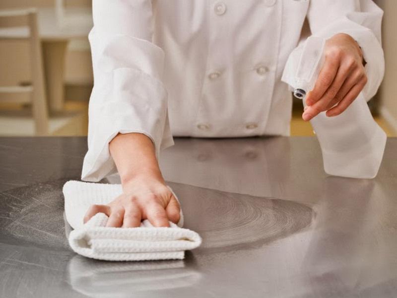 cách vệ sinh sản phẩm inox hiệu quả